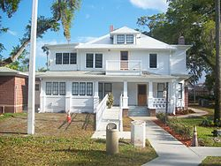 Daytona Beach Bethune house06.jpg