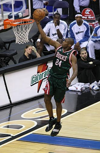 Desmond Mason - Mason with the Bucks