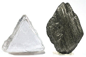 Diamond and graphite without structures.jpg
