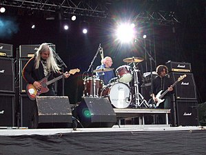 Dinosaur Jr. - Dinosaur Jr. in Stockholm, Sweden in June 2008