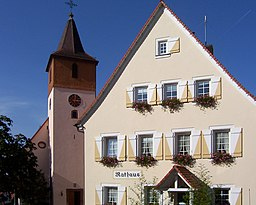 Dobel Evangelische Kirche und Rathaus