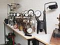 Drukmeters in het Museum voor Nostalgie en Techniek.JPG