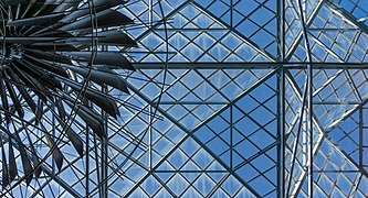 Dynamic Mobile Steel Sculpture, Victoria, British Columbia, Canada 03.jpg