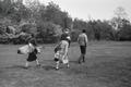 ETH-BIB-Lord Beaverbrook und Lord Castlerosse mit zwei Frauen beim Golf-Weitere-LBS MH02-47-0042.tif