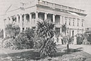 Essendon, Victoria - Bill Prescott designed the Grecian temple-style mansion Earlsbrae Hall with Frederick Grey in 1890.