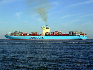 Eleonora Maersk p9 9321500, leaving Port of Rotterdam, Holland 25-Jan-2007.jpg