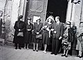 Esküvői csoportkép, 1946 Budapest. Fortepan 105227.jpg