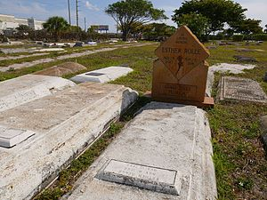Esther Rolle - Image: Esther Rolle's gravesite at Westview Community Cemetery in Pompano Beach FL