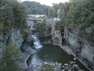 Fall Creek (New York) - Image: Fall Creek (34237013)