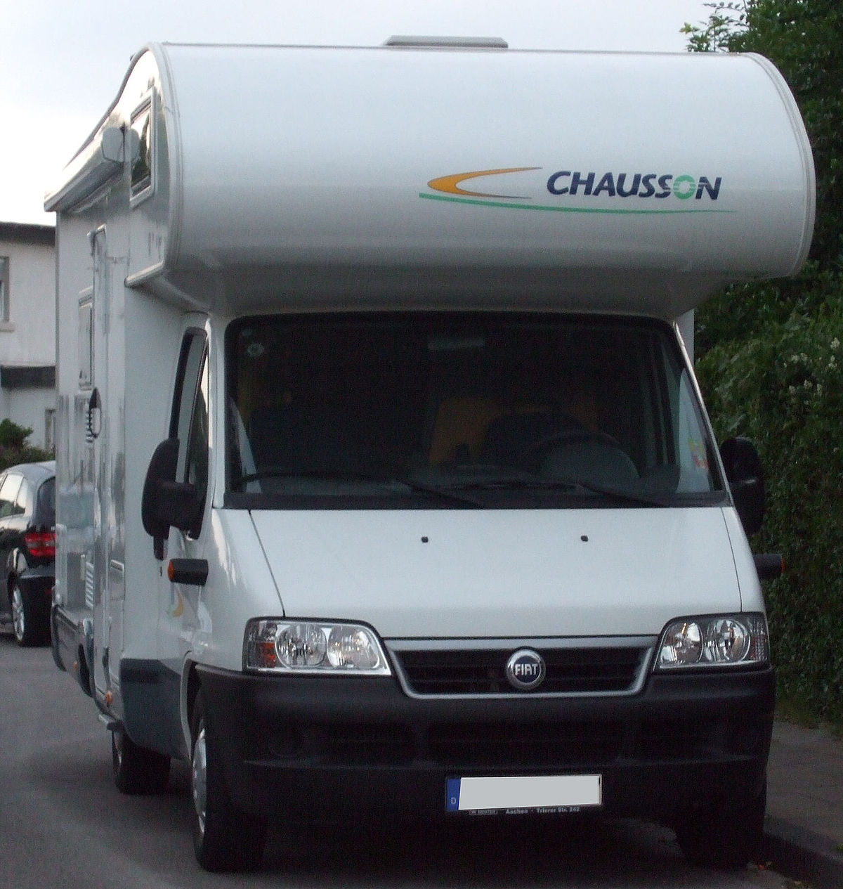 File:Fiat Chausson Alkoven-Wohnmobil.jpg - Wikimedia Commons