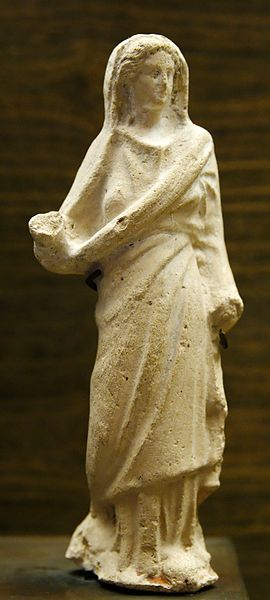 File:Figurine Arsinoe III Louvre MND194.jpg