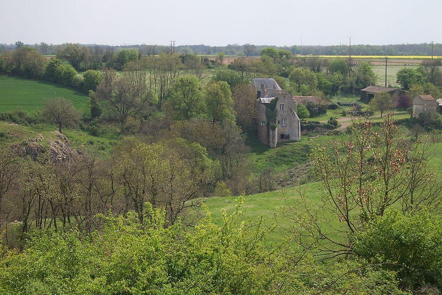 France - Deux Sèvres - Sainte Radegonde Château du Pressoir