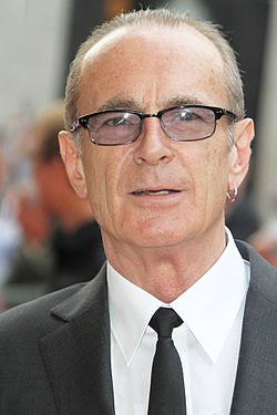 Francis Rossi, Bula Quo, London, 2013 (straighten).jpg