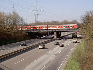 S3 (Rhine-Main S-Bahn) - Crossing the A5 motorway