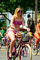 Fremont Solstice Cyclists 2013 01.jpg
