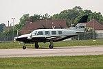 G-UMMI Piper Navajo Coventry(5) (38116866895).jpg