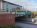 GER — BW — Friedrichshafen — Riedleparkstrasse (Eisenbahnbrücke) 2021.jpg