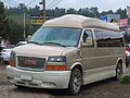 GMC Savana Explorer Limited SE 2013 (9532125797).jpg