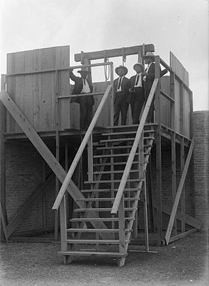 Gallows - Unidentified men wait at the gallows prior to the hanging of Melquiades Chapa and Jose Buenrostro on May 19, 1916 in Brownsville, Texas