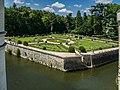 Garden of Catherine de' Medici in the Castle of Chenonceau 02.jpg