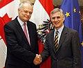 Generalsekretär Linhart trifft Staatssekretär von Kanada Boehm January 2015 (16399694871).jpg