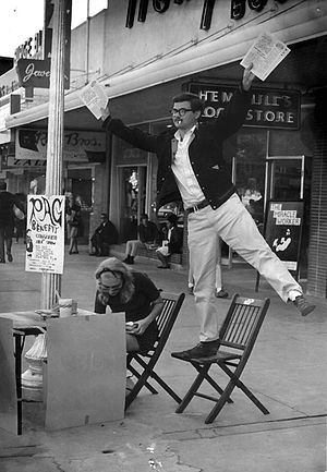 The Rag - George Vizard selling The Rag in Austin (1966)