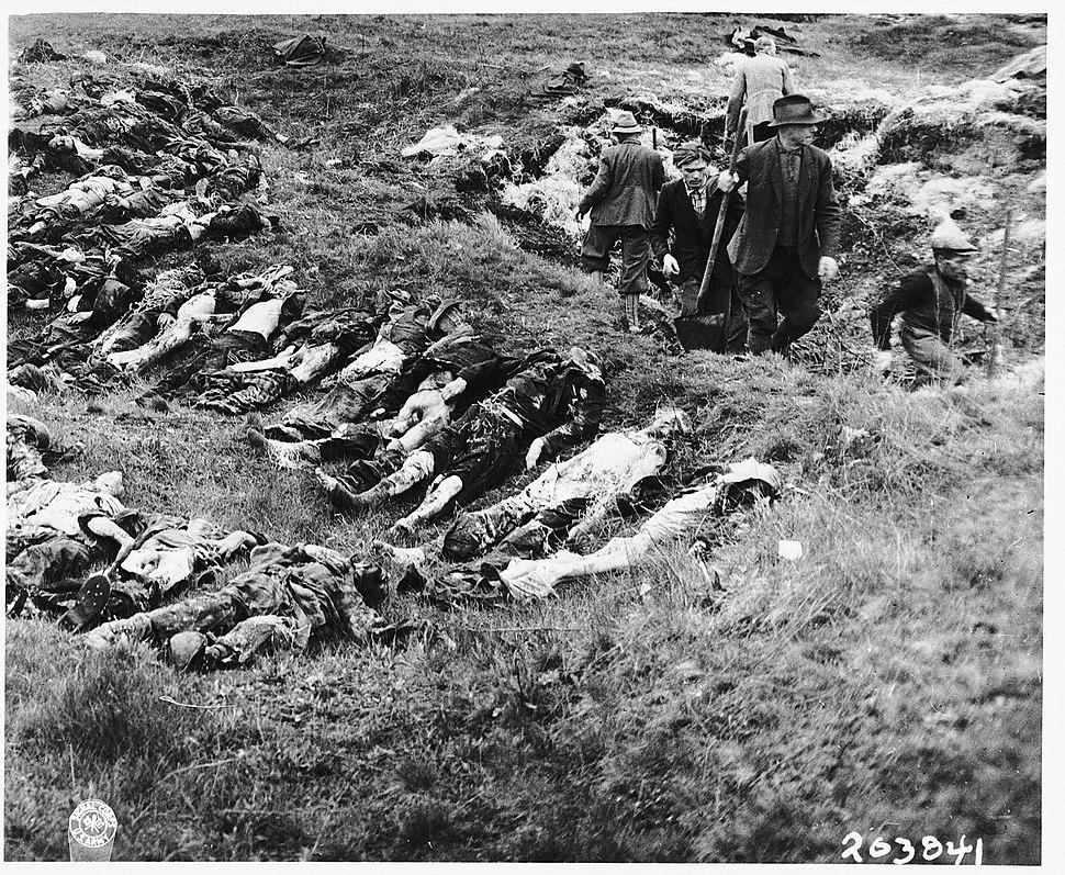 German civilians exhume mass grave at Schwarzenfeld