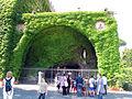 Giardini vaticani, grotta di lourdes.JPG