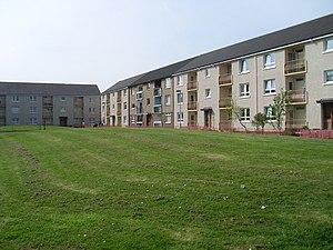 Craigend, Glasgow - Image: Glenraith Square geograph.org.uk 1262059