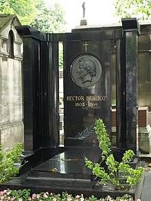Grabmal auf dem Cimetière de Montmartre (Quelle: Wikimedia)