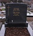 Grave of Peter Minich, Guggi Löwinger, Sieveringer Friedhof 2.jpg