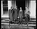 Group at White House, Washington, D.C. LCCN2016888291.jpg