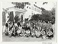 Group photograph including Francis Crick, France, 1971 Wellcome L0042317.jpg