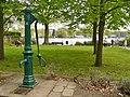 Gruenau - Historische Pumpe (Historic Pump) - geo.hlipp.de - 35680.jpg