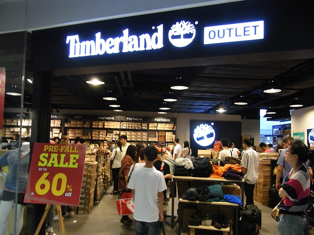Paterno costruire Botanico  File:HK Tung Chung One CityGate shop Timberland Outlet visitors discount  sign Oct-2012.JPG - Wikimedia Commons