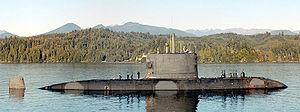 Upholder/Victoria-class submarine - Image: HMCS Victoria SSK 876 near Bangor