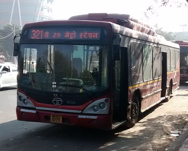 Bus No 321 at HUDA City Centre.