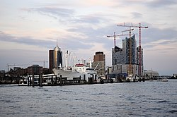 Skyline of HafenCity with Elbe Philharmonic Hall under construction