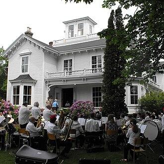 Churchill House, Hantsport - Image: Hantsport Churchill House Band