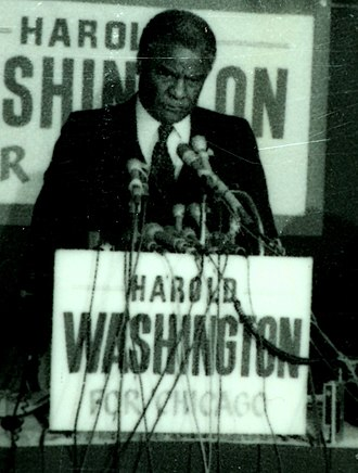 Harold Washington - Washington holding a press conference during his 1983 campaign