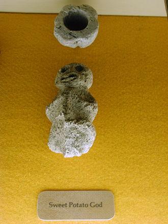 Lono - Hawaiian Sweet Potato God, possibly a depiction of Lono.