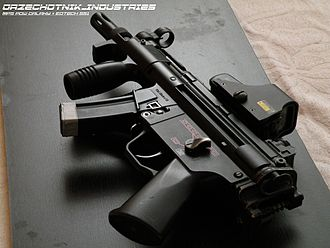 Holographic weapon sight - Holographic weapon sight on an airsoft replica of a Heckler & Koch MP5K