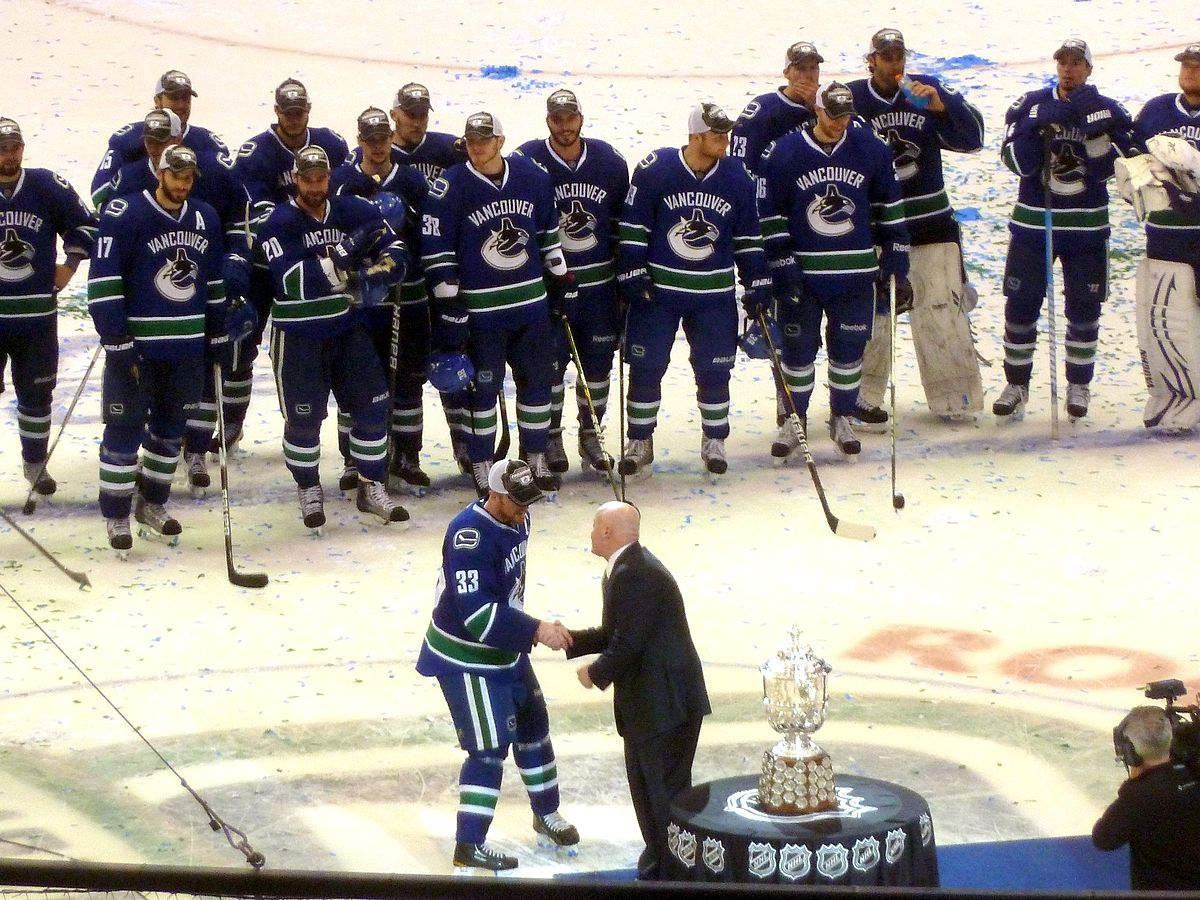 pretty nice f850a 60ebb List of Vancouver Canucks players - Wikipedia