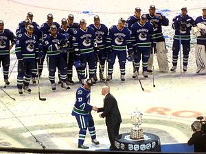 List of Vancouver Canucks players - Wikipedia 4e5617b5f