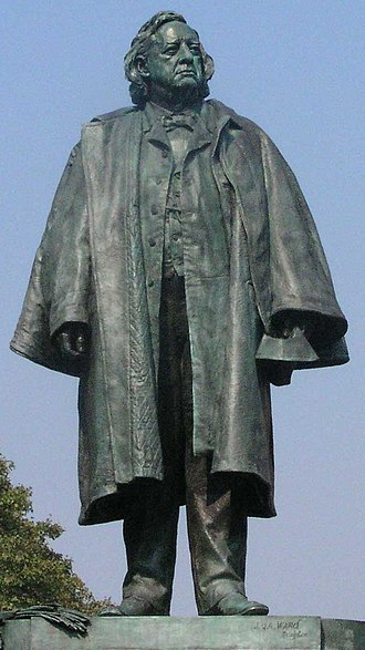 Henry Ward Beecher - Statue of Henry Ward Beecher in Downtown Brooklyn, New York
