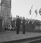 Herdenking Slag om Arnhem. Airborne-monument te Oosterbeek. Kranslegging, Bestanddeelnr 912-9416.jpg