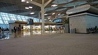 Heydər Əliyev Beynəlxalq Aeroportunun içi.JPG
