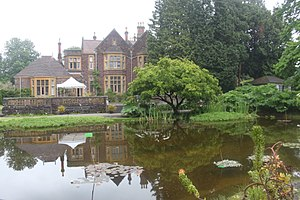 University of Bristol Botanic Garden - The pool in front of the Holmes