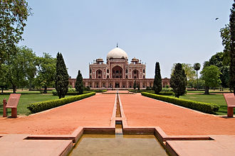 Humayun's Tomb - Four central water courses define Char Bagh's quadrilateral layout.
