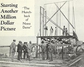 The Hunchback of Notre Dame (1923 film) - Worsley observing the erection of the first set in December 1922.